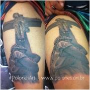 tattoo-jesus-na-cruz-e-maria-olhando-debaixo para cima-polonesart-polones tattoo-part-polones einzufall